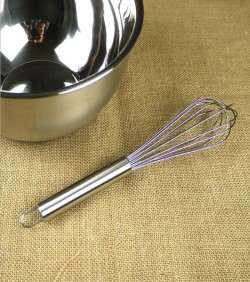Hand-Held Egg Beater - Silver