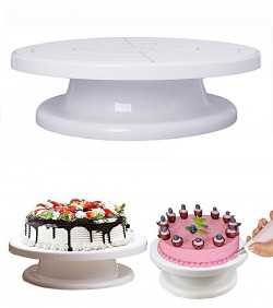 Cake decorating turntable